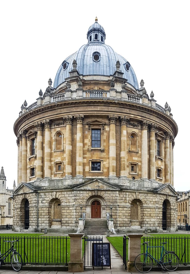 How I spent 48 hours in Oxford and how you could too. How to spend 48 hours in Oxford, including where to stay, where to eat, and things to do. The Violet Blonde - beauty, lifestyle and travel blogger