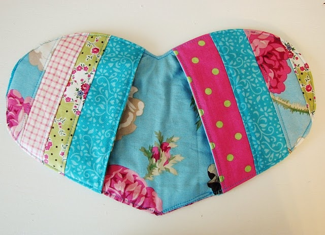 cute potholders! Am sooo gonna make these for Christmas 2012!