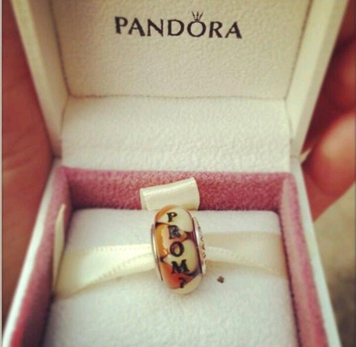Promposal. I would die it i was given this for prom OMGGGGGGGGGGGG <3 <3 <3 <3