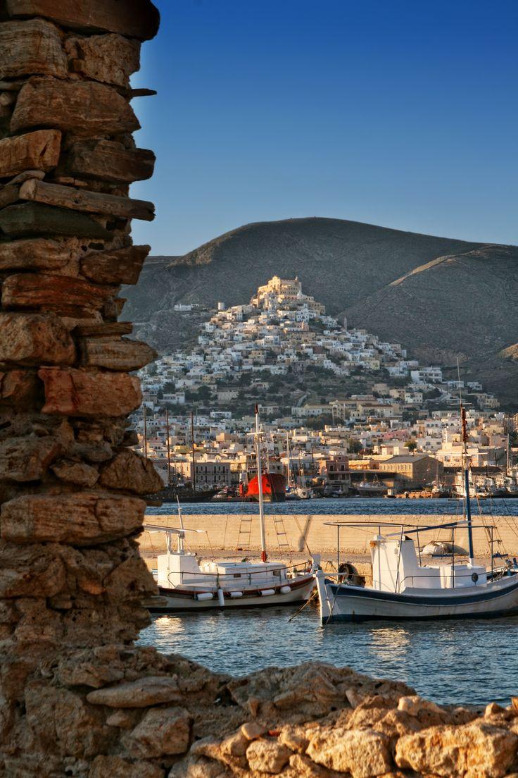 ano Syros Greece )(