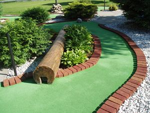 25 best ideas about miniature golf on pinterest putt putt golf birthday parties and golf party for Garden city mini golf