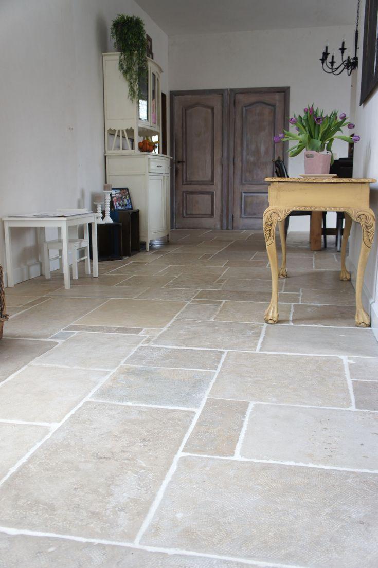 42 Beautiful Kitchen Floor Tile Ideas #kitchenfloo…