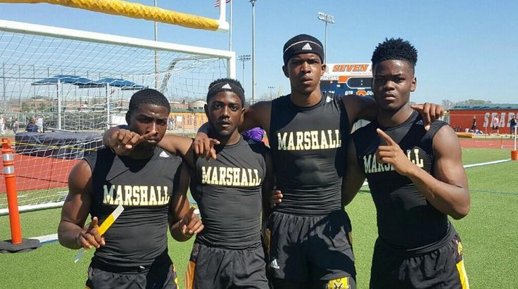 ICYMI: Fort Bend Marshall dropped a 40.61 4x2 in their season opener today!  . . . . . #milesplit #track #tracknation #running #speed #fast #4x100m #texas #texastrack #bmf