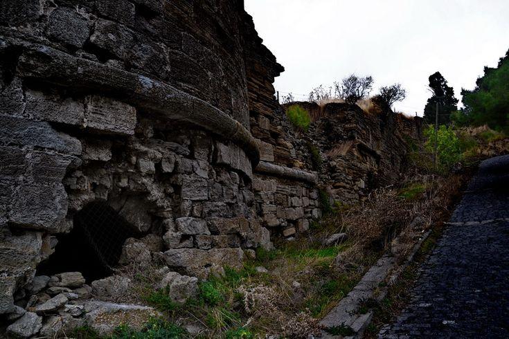 Seddülbahir Kalesi doğu kulesi.. Seddülbahir fotoğrafları / Seddülbahir Fortress east tower.. Seddülbahir photos