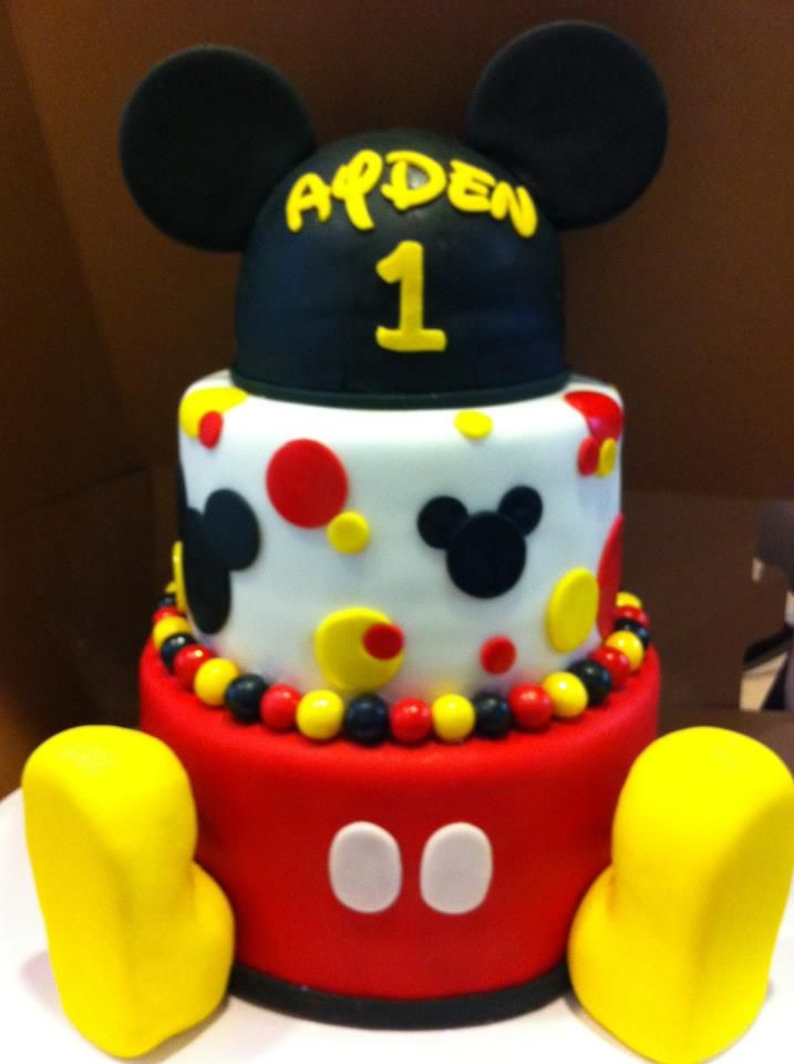 Mickey Mouse birthday cake R&A Cakes Pinterest ...