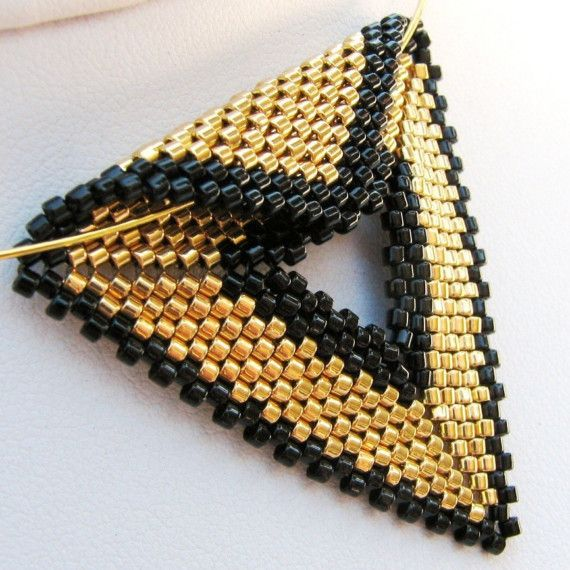 Peyote+Stitch+Triangles | Elegant Gold and Black Peyote Triangle Choker 2290 by SandFibers