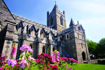 Enjoy 6 or 8 nights in Ireland and spend time at your choice of Irish Bed & Breakfasts throughout the country and the capital city- Dublin!