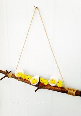 AS-kartelut: Pääsiäisen ovikoriste #easter #pääsiäinen #tipu #easterideas