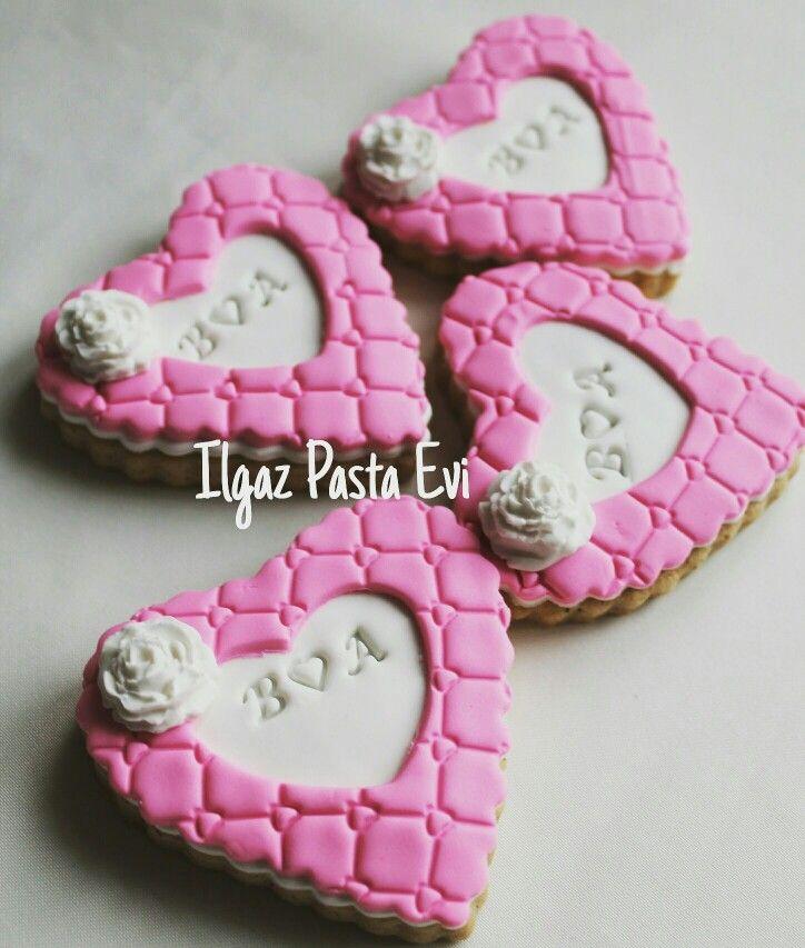 #ankara #fondant #butikkurabiye #butikpasta #sekerhamuru #ilgazpastaevi #weddingcookies #engagementcookies #nisankurabiyesi #nikahkurabiyesi #sozkurabiyesi  Telefon & Whatsapp : 05559717171