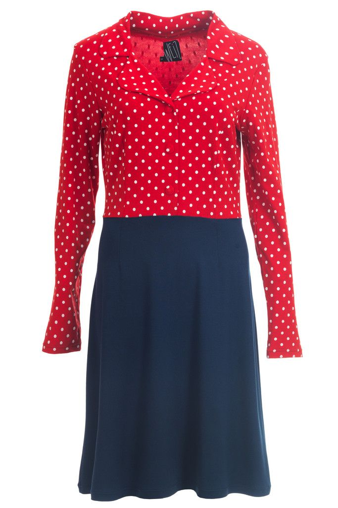 I call this dotted Iben dress my Minnie Mouse outfit.