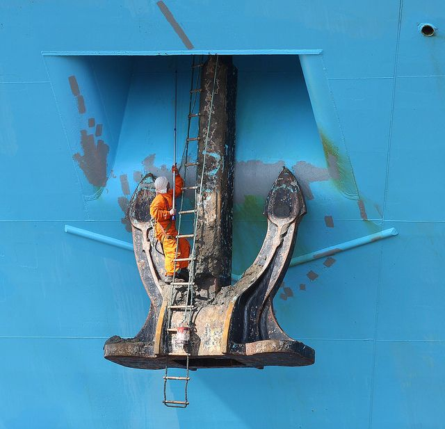 Anchor housing maintenance on the container ship Maersk Kokura by Mickoo737 via Flickr