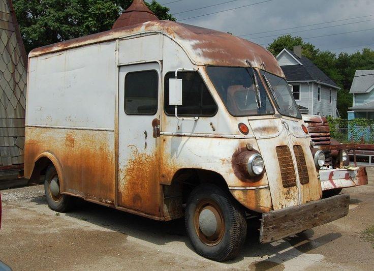 1946 Milk Delivery Truck BowyerTown Auto Body Works Better Built Merchandiser  Chevy 6 cylinder