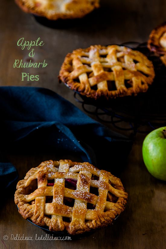 Apple and Rhubarb Pies recipe | Delicieux ledelicieux.com