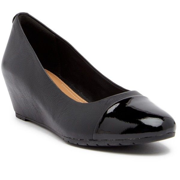 Clarks Vendra Dune Wedge Pump (930 MXN) ❤ liked on Polyvore featuring shoes, pumps, wide fit shoes, slip on pumps, clarks shoes, round toe wedge pumps and clarks footwear