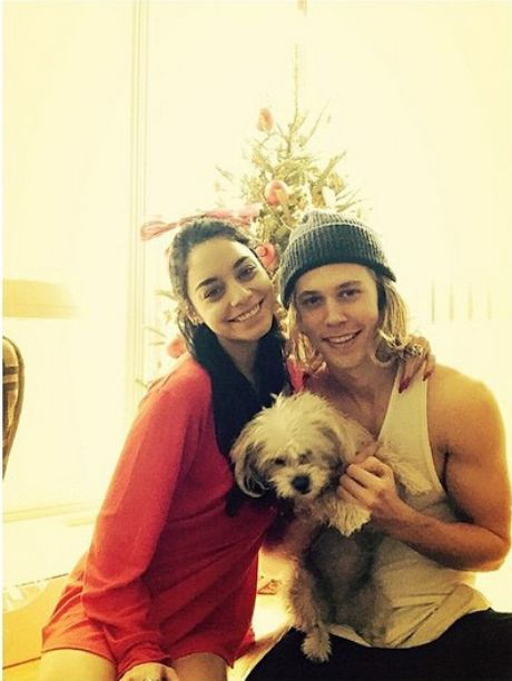 Vanessa Hudgens Unfollows Austin Butler On Instagram, Did They Break Up Or Get Into A Fight? - http://oceanup.com/2015/03/16/vanessa-hudgens-unfollows-austin-butler-on-instagram-did-they-break-up-or-get-into-a-fight/