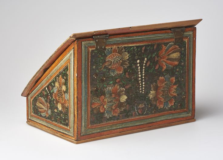 Writing desk, beechwood, lacquered bismuth, late 16th century, Rhineland