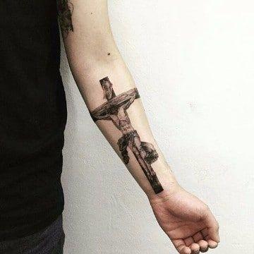 Clasicos Diseños De Tatuajes De Jesus En La Cruz Tatuajes