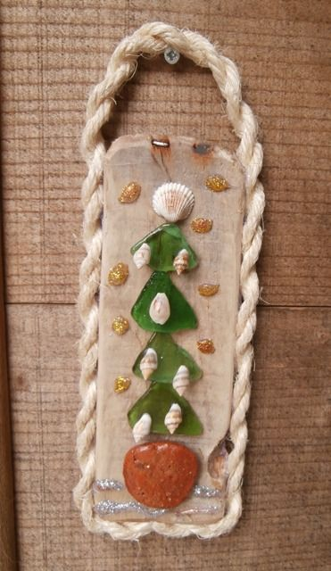 Driftwood, seaglass, shells, rope, ceramic - all found on the local beaches of Skiathos.