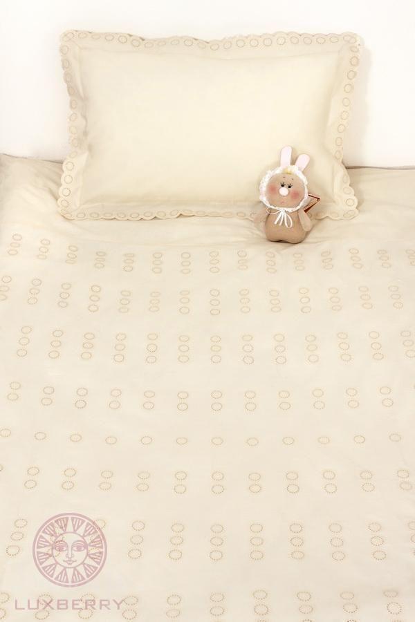 www.domilfo.ru +7(495)960-90-70. Постельное белье для малышей КРУЖОЧКИ бежевое от производителя Bovi (Португалия)