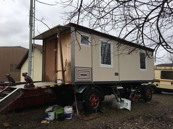 Wohnwagen Anhänger/ausgebaut Bauwagen