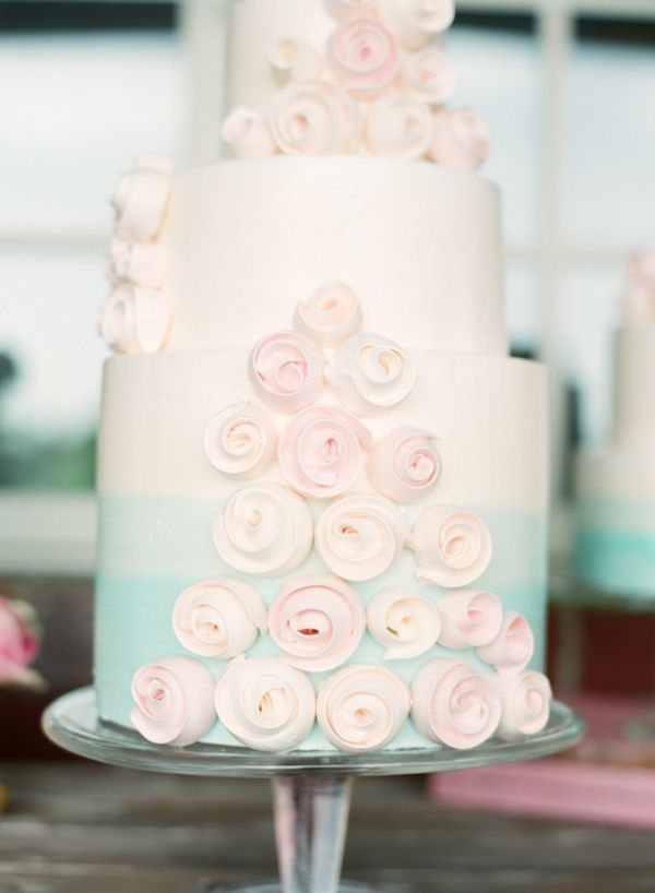 ombre and modern roses: Pastel Wedding, Country Wedding, Cakes Photography, Ombre Cake, Wedding Cakes, Soft Pastel, Simple Wedding, Rose Cakes, Sets Design