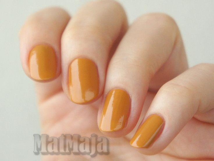 H&M Golden Turmeric  https://matmajowe.blogspot.com/2016/11/falling-leaves-nails.html
