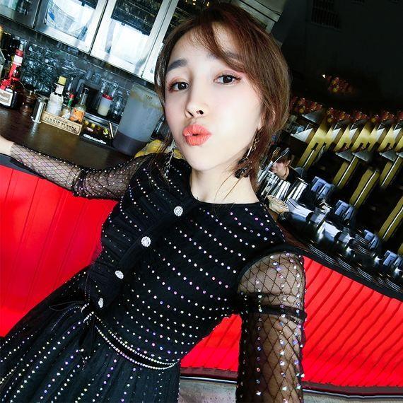 FENDAS 프랑스어 염소 중공업 풀 컬러 핫 나비 네일 드릴 거즈 섹시한 퍼프 드레스