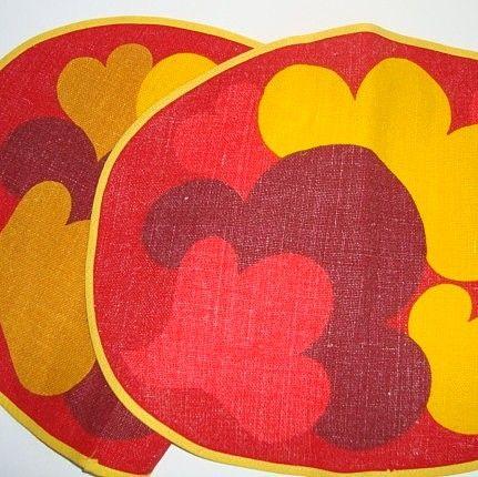 Retro napkins. #retro #retronapkins #napkins #retroservietter #retrotekstil SOLGT/SOLD on www.TRENDYenser.com.