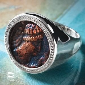 Stauer Genuine 1st Century Kushan Empire Coin Ring