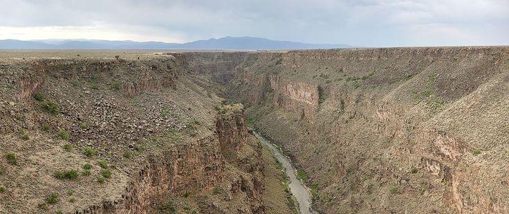 Cañón (geomorfología) - Wikipedia, la enciclopedia libre Garganta del río Grande en el suroeste de Estados Unidos