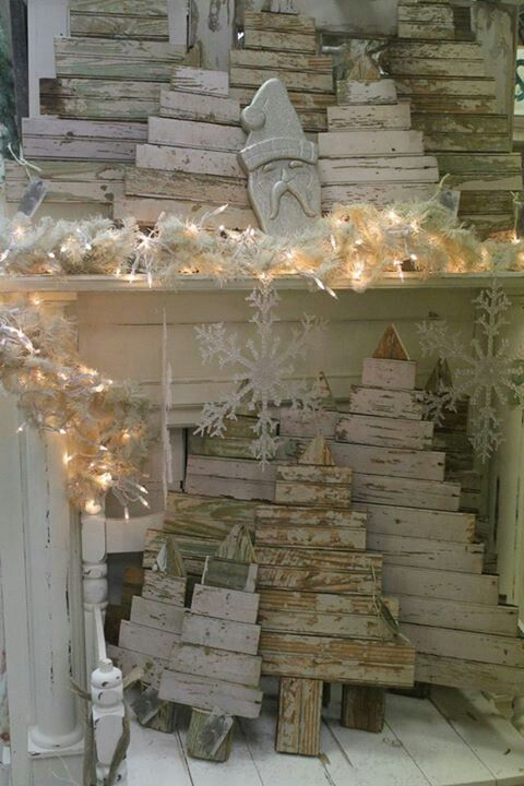 Wood Christmas trees so shabby chic. Need for the front porch.....orrrr driveway entrance