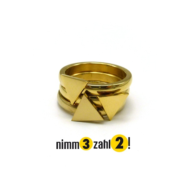 Vergoldeter Edelstahlring mit einem Dreiecks-Symbol Triangle.  *Achtung! Nimm 3 - zahl 2*  *1 Ring = 19 Euro, 3 Ringe = 38 Euro*  Glanzrausc...