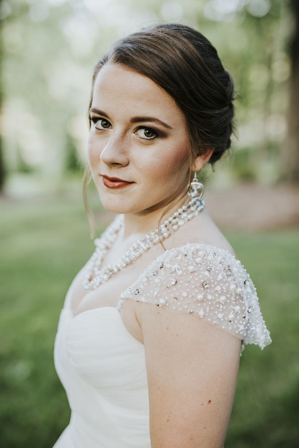 Classic makeup for bride | Charlotte wedding, Charlotte wedding vendors, navy blue, NC wedding, NC wedding vendors, Outdoor, silver, classic | Photography by Kevyn Dixon