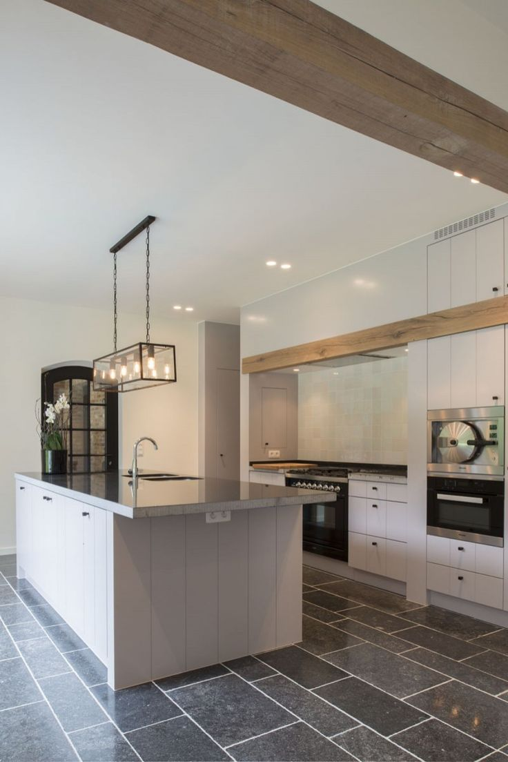 25 beste idee n over keuken opstellingen op pinterest interieurontwerp keuken keuken idee n - Credence keuken wit ...