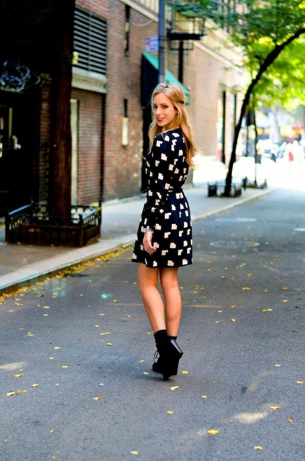 Blogger Katie's Bliss in Annie Griffin Collection's Libby dress!