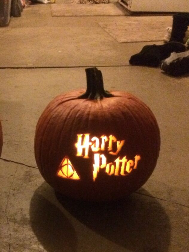 The awesome pumpkin I carved for Halloween this year! Harry Potter fanatic at your service!