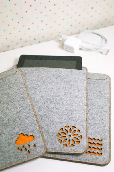 Thick felt iPad case in light grey great job please Visit my site https://www.upcyclingbymilo.com/ for more products