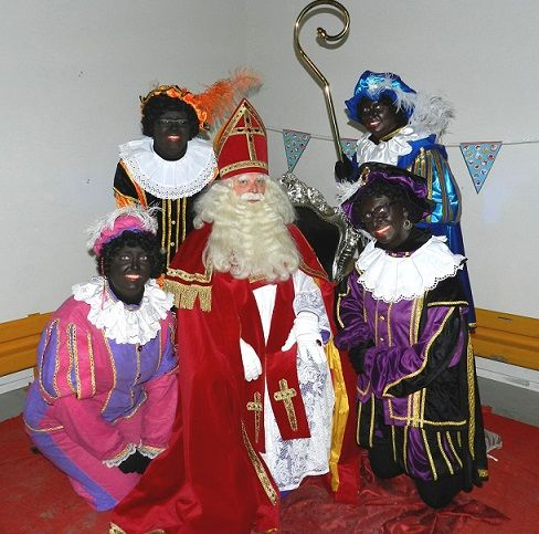 Sint & Pieten boeken via http://www.sintentertainment.nl/