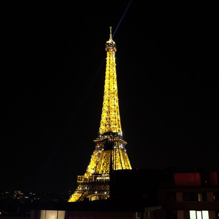 On A Test L 39 H Tel Mercure Paris Centre Tour Eiffel