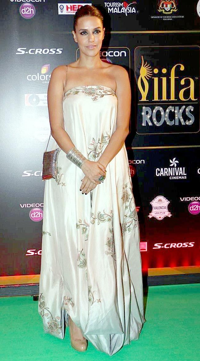Neha Dhupia | Style Icon when it comes to red carpet appearances.