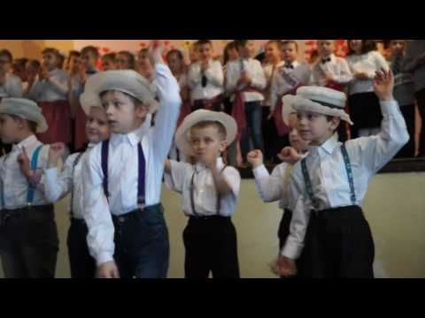 Taniec w kapeluszach - klasa IIB - YouTube