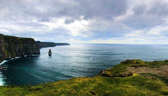 28 of the most Instagram-worthy photo spots in Southern Ireland to put on your itinerary for your next trip to the Emerald Isle!
