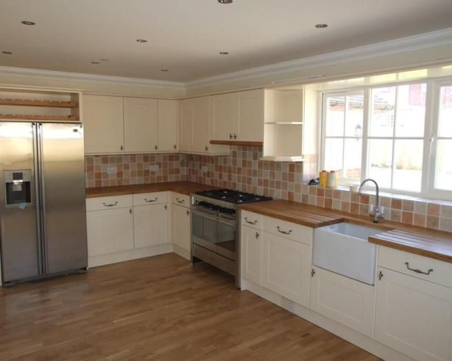 Wood Floor Amp Countertops With White Cabinetswant