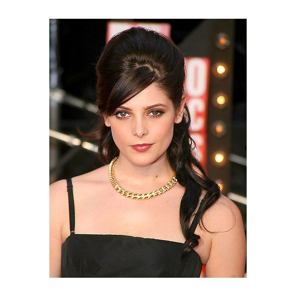 Ashley Greene's romantic wavy half-up ❤ liked on Polyvore featuring hair and hairstyles