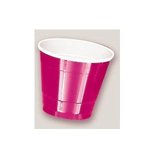 Plastic Magenta Cups. There are 20 Plastic Cups per package. These 9 ounce cups come in 22 colours to match any theme or event.