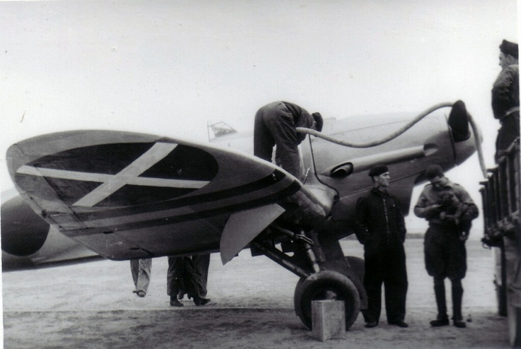 Scarce picture of a Luftwaffe Heinkel He-112 of Legion Condor beiing fuelled. The pictured plane is probably 'Kanonenvogel' flown by Oblt. Günter Radusch during the Spanish Civil War, 1936.