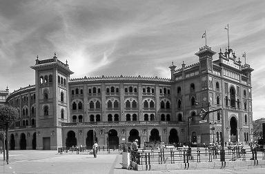 Plaza de Toros Monumental de las Ventas: Edificios históricos de Madrid