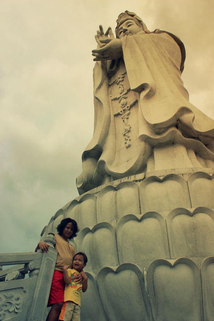 Statue of Dewi Kwan Im