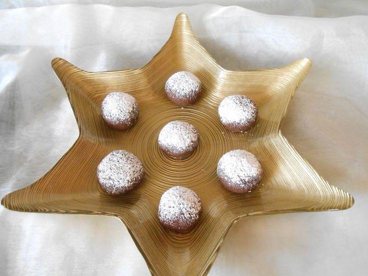 Superschnelle Nutella-Plätzchen, ein beliebtes Rezept aus der Kategorie Backen. Bewertungen: 353. Durchschnitt: Ø 4,5.
