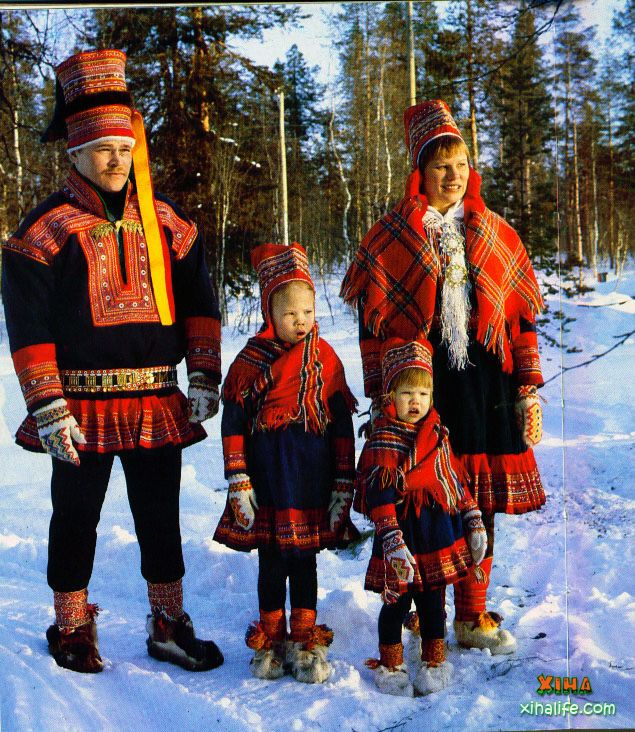 Lapland costume - notice the shoes